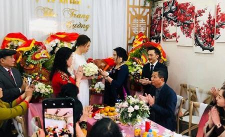8-nam-khong-danh-phan-co-nghia-ly-gi-khi-dan-ba-chang-con-can-mot-tinh-yeu-da-nhat-nhoa-1047.html