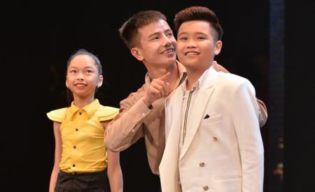 quan-quan-the-voice-kids-2016-bieu-dien-tai-dem-nhac-tri-an-cha-me-1175.html
